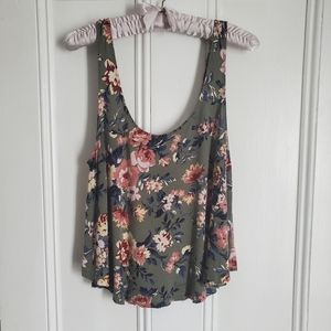 American Eagle Green Floral Soft & Sexy Tank